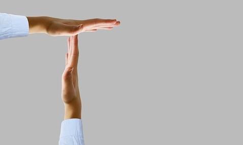 Sospensione mutui e finanziamenti. Come funziona?